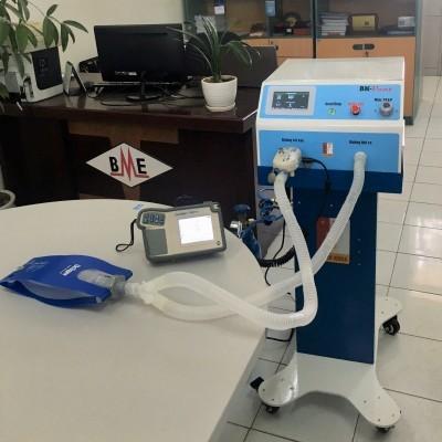Trường ĐH Bách khoa Hà Nội chế tạo máy thở hỗ trợ điều trị viêm đường hô hấp cấp do Covid-19